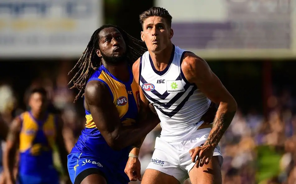 """""""Eagles Annihilate Dockers InDerby"""""""